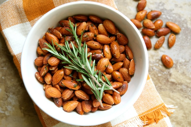 rosemary-spiced-almonds-1