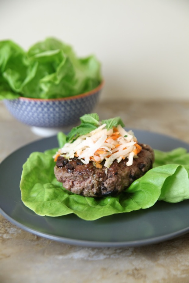 lamb-burgers-with-mint-pesto-2