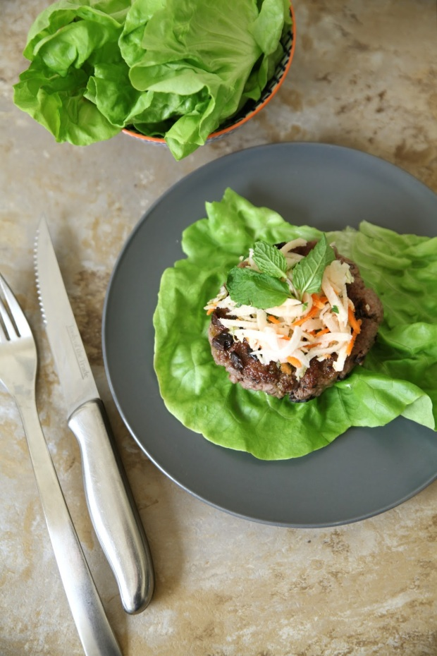 lamb-burgers-with-mint-pesto-3